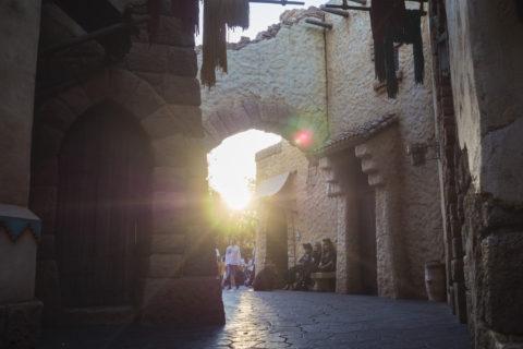 アラビアンコーストに差し込む夕陽