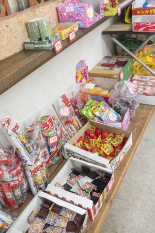 福寿荘売店の駄菓子