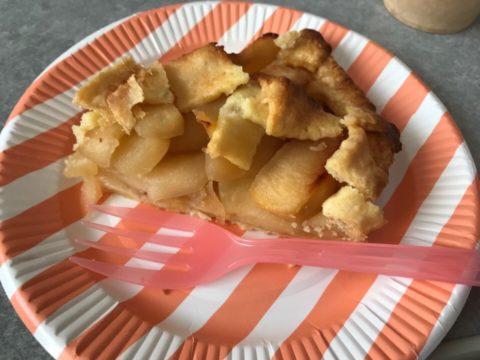 つむぎの手作りアップルパイ