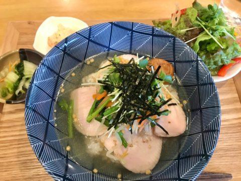蒸し鶏の和風スープご飯