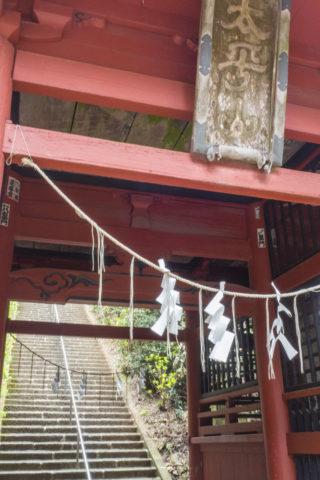 随神門からの階段