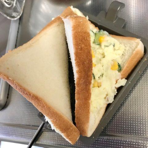 ポテトサラダサンドを作る