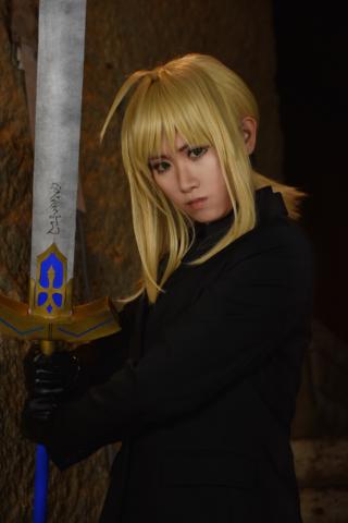 Fate zero セイバー コスプレ
