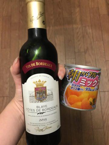 赤ワインとフルーツミックス缶