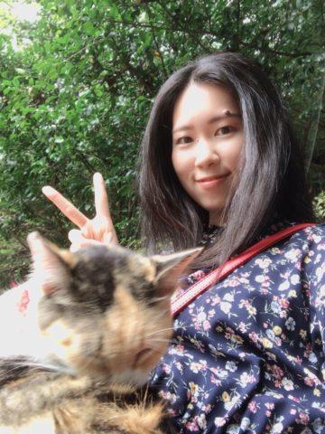 猫との自撮り写メ