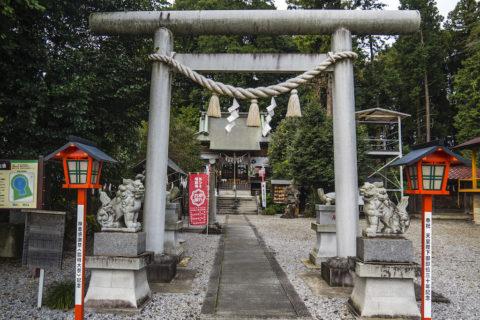 磐裂根裂神社の狛犬