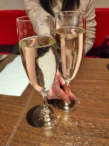 乾杯の1杯はスパークリングワイン