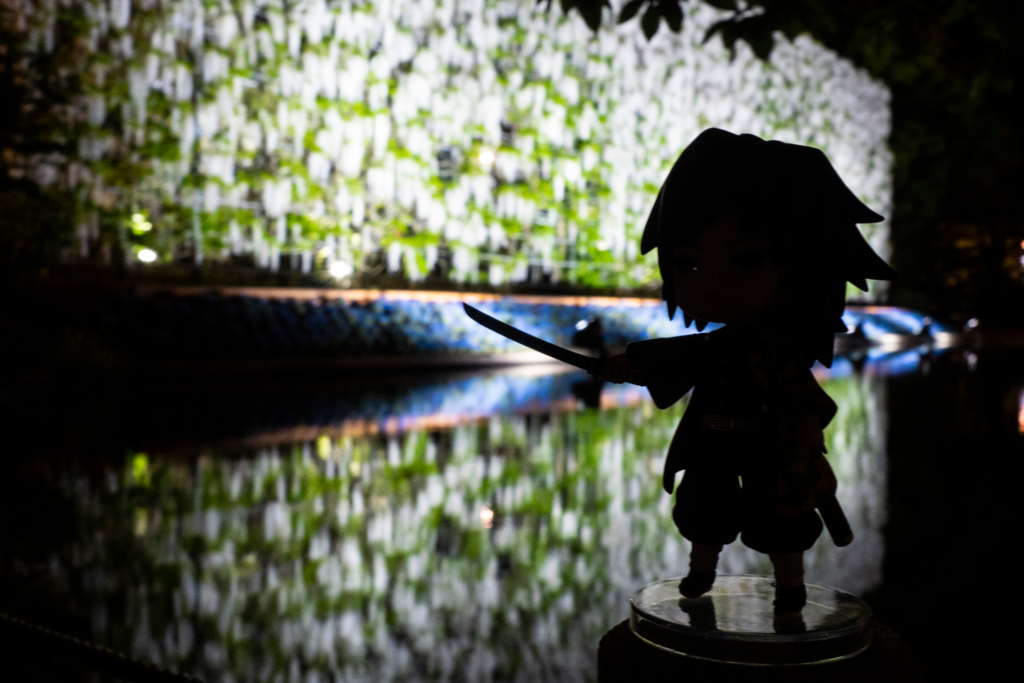 白藤の滝と冨岡義勇さん