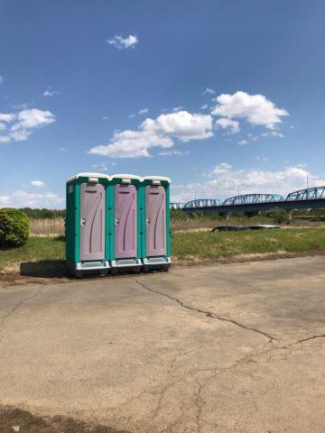 桃畑緑地公園の仮設トイレ