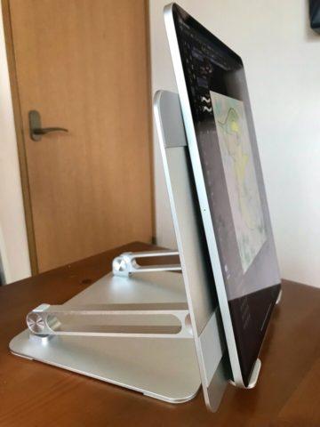縦型タブレットスタンドとiPad